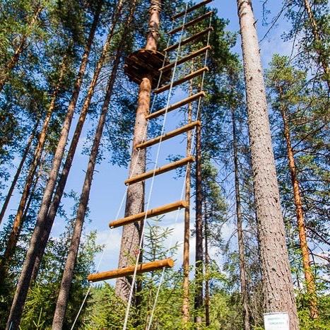 Это не только лестница на троллей веревочного парка GREENVALD Парк Скандинавия Это олицетворение вашего и нашего роста Спасибо вам, наши драгоценные, за отзывы и новые предложения, а главное за ваши эмоции🏻 Кстати у нас очень приятная новость теперь на территории парка работает wi-fi, а значит можно еще больше делится впечатлениями🏻 Работаем каждый день с 10.00 до 20.00 Координаты: 60.287649, 29.744828