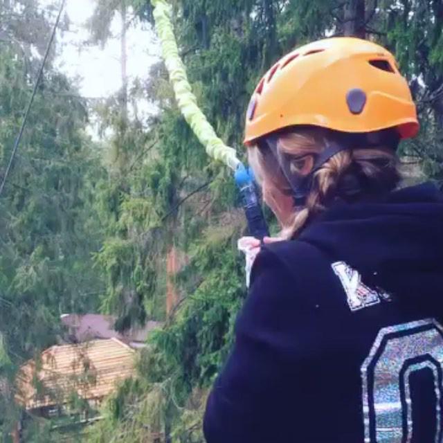 Видео by @lida_koppalina Это самая большая вышка с устройством свободного падения Quick Jump🏻 Только в GREENVALD Парк Скандинавия Попробуй в эти выходные🏻Координаты: 60.287649, 29.744828