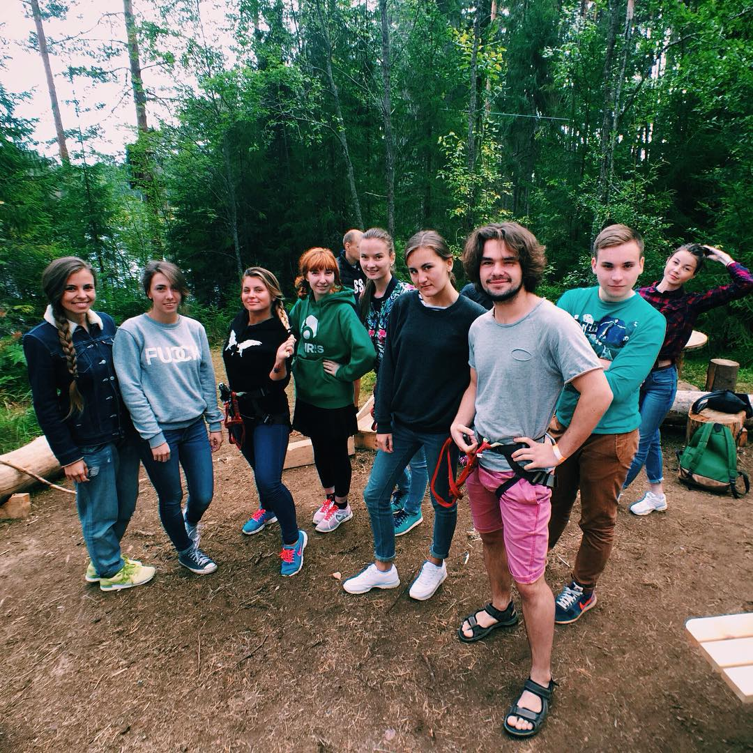 Сегодня в GREENVALD Парк Скандинавия были вот эти крутые ребята - популярные Инстаграм блогеры рунета🏻 О приключениях в веревочном парке GREENVALD читайте на их профайлах Мы ждем вас каждый день в парке с 10.00 до 20.00. Координаты: 60.287649, 29.744828
